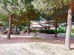 Grazioso Bistrot all'entrata di Villa Doria Pamphili a 500 mt da Gianicolo House