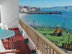 Descubre las Rías Baixas desde este apartamento ubicado en Raxó a pie de playa