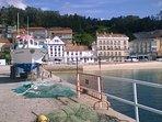Si te gusta pescar puedes hacerlo en el puerto de Raxó