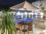 Condomínio luxuoso com piscina adulto e infantil, academia e parquinho