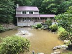 Private, fishing, secluded, peacefull but only 10 minutes from the center of Pigeon Forge.