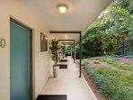 Mid-Century Studio Garden Entrance - Short Term Housing - Studios on 25th