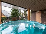 """Beautiful property in the heart of Whistler. The Private hot tu"