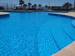piscina con área para los más pequeños.