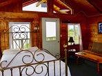 Iliamna Cabin, Whiskey Point Cabins & RV Park, 20 mins to Homer, AK
