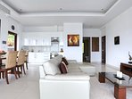 Open plan lounge / dining room
