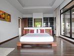 King size bamboo bed