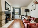 Welcome to Whitsun Cottage, a stunning retreat located in Stow-on-the-Wold