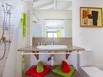 Iguane house villas & micro spa villa Passion salle de douche 2