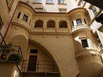 Dans le Vieux lyon, l'hôtel Bullioud.