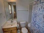 Mid-Level Queen Master Bathroom