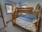 Mid-Level Bedroom with Duo Bunk
