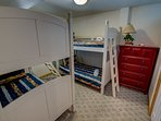Ground-Level Bedroom with 2 Bunk Beds