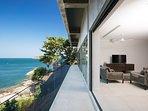Villa Sunyata - Loft Terrace overlooking the Ocean