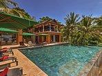 Villa Sunyata - Pool with Lava Stones