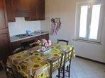 soggiorno/cucina/sala da pranzo appartamento 1