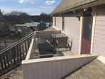 More private side deck with table and grill - penthouse