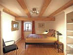 Goldenes Zimmer EG für 2 Pers. Gut Stohrerhof am Ammersee