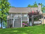 This charming lakefront home features 2 bedrooms and 2 bathrooms.