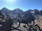 Podras disfrutar de Infinidad de Rutas con tu Bici de Montaña o de Carretera...