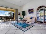 Vacanza Rentals - Villa Sunshine living area
