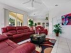Vacanza Rentals - Villa Sunshine TV area