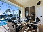 Vacanza Rentals - Villa Sunshine outdoor dining area