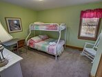 Mid-Level Bedroom with Duo Bunk/Trundle