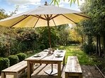 ...a picturesque setting for al fresco dining