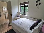 Muckno Lodge Downstairs Double Ensuite Bedroom 1 - disability friendly ensuite