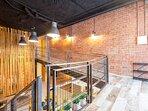 Vista del interior del loft y su fantástico diseño al más puro estilo industrial.