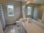 Mid-Level Master Bedroom with 2 Queens Bathroom