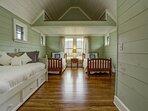 Additional loft sleeping arrangements