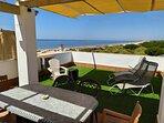 Terraza solarium 100% privada del apartamento. 65 m2 de terraza con vistas las mar,
