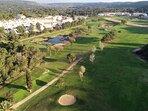 Campo de golf. A vista de dron.