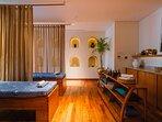 Noku Beach House - Luxurious private spa