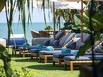 Noku Beach House - The sun loungers