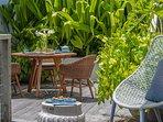 Noku Beach House - Quiet afternoon tea