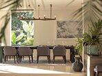 Noku Beach House - Modern dining area