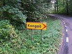 Kongaö - Lill Hagahus ligger 3 km ut på denna väg