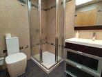 Baño habitación camas gemelas de 90cm