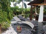 mobilier de jardin location la liane de jade saint paul