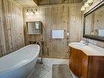Top-Level King Master Bathroom