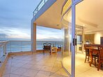 Massive balcony with 180 degree views of Cape Town, the Atlantic Ocean and the Cape Winelands.