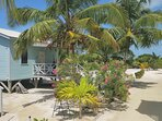 BayBlue Cottage outside porch beach and common area for all guest to enjoy