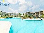 Oceania Resort - large swimming pool area