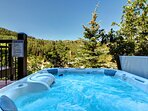 Lower Deck with Jacuzzi and View Overlooking Deer Valley and Park City