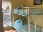 3rd bedroom bunk with trundle